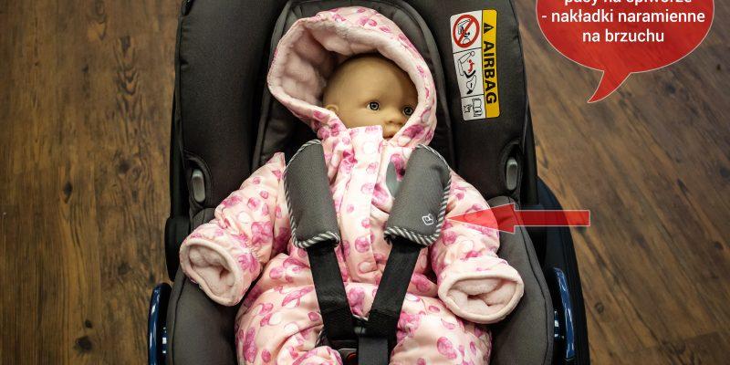 Kurtki i foteliki – jak przewozić dziecko zimą?