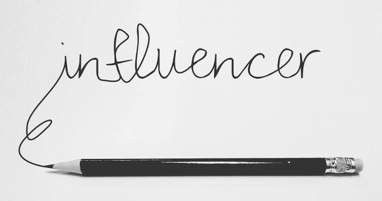 Influencerzy – choroba XXI wieku