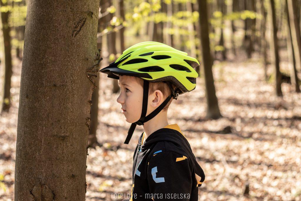 Kask rowerowy powinien chronić twarzoczaszkę oraz potylicę